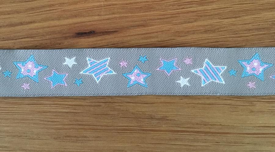 Ajani - grau mit blau / rosa Sternen