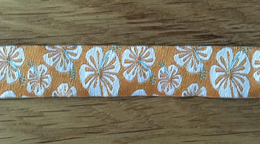Ajani - orange mit weißen Blumen