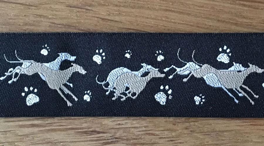 Ajani - schwarz mit beigen Windhunden
